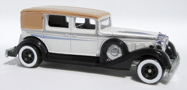 File:Packard - LG21Set.jpg