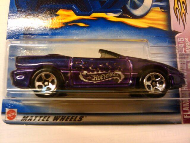 File:Flamin' Hot Wheels 95 Camaro.jpg