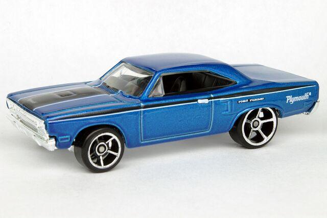 File:'70 Plymouth Roadrunner - 9565cf.jpg