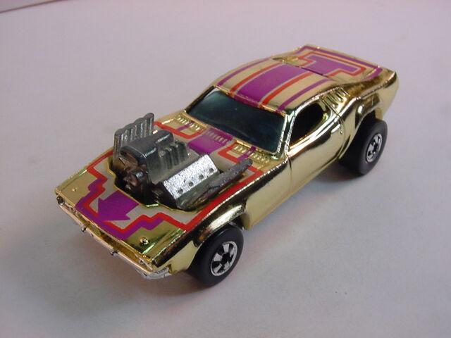 File:Rodger GOLD plastic BW 77.jpg