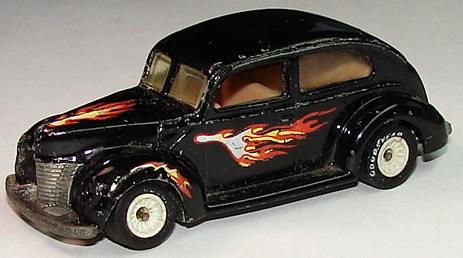 File:'40's Ford 2-Door BlkkRRW.JPG