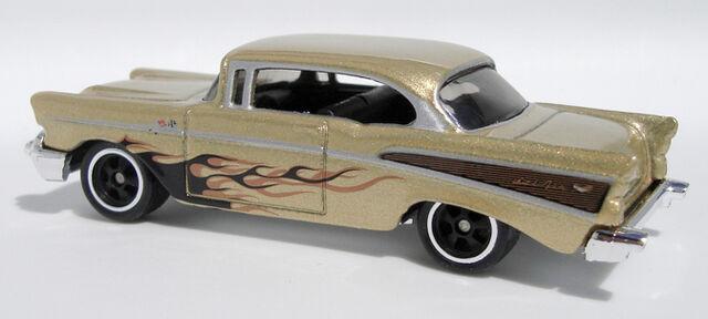 File:57 Chevy - LG21Set.jpg