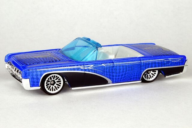 File:'64 Lincoln Continental - 0120df.jpg