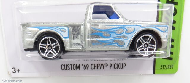 File:Custom 69 Chevy-17821.jpg