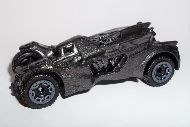File:HW-2016-229-Batman Arkham Knight Batmobile-Batman.jpg