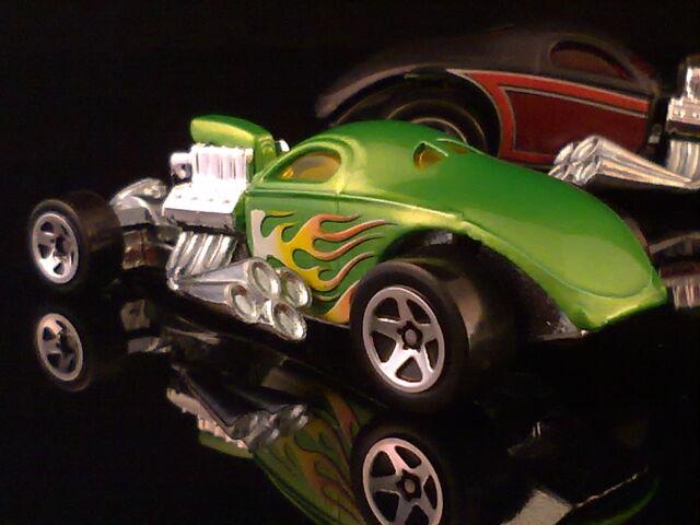 File:HT N8 1 4 Mile Coupe 010420132171.jpg
