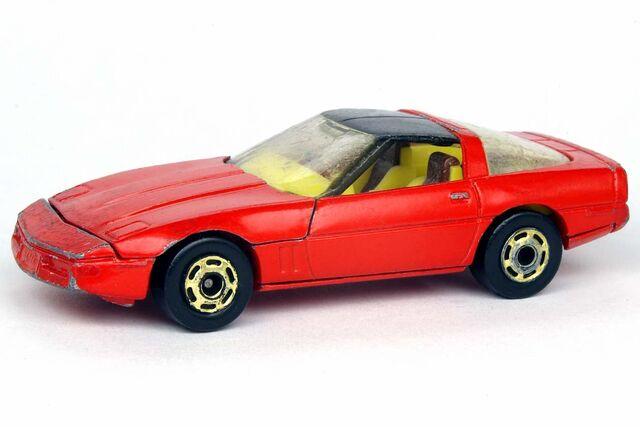 File:'80's Corvette Red - 9791df.jpg