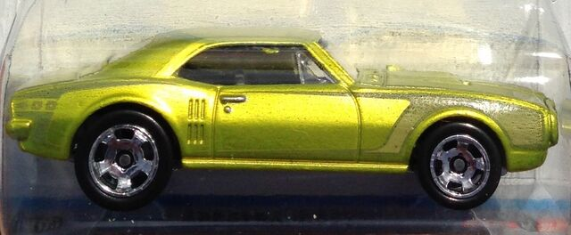 File:2014-CoolClassics-3-67PontiacFirebird400-Yellow-Carded.jpg