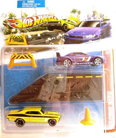 File:2011 RacingKit Street.JPG