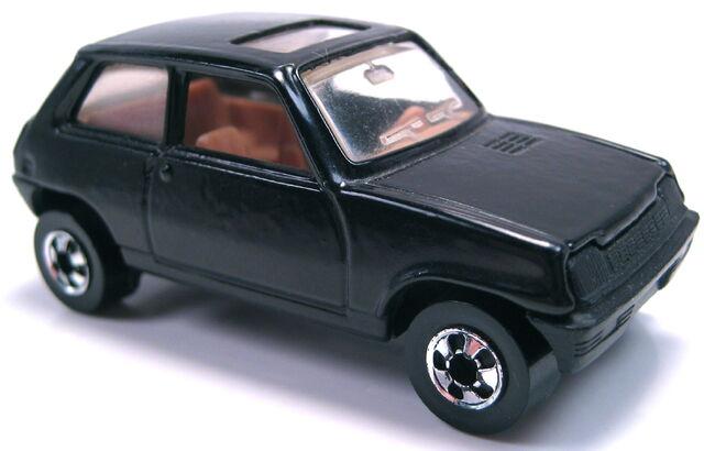 File:Renault Le Car black France.JPG