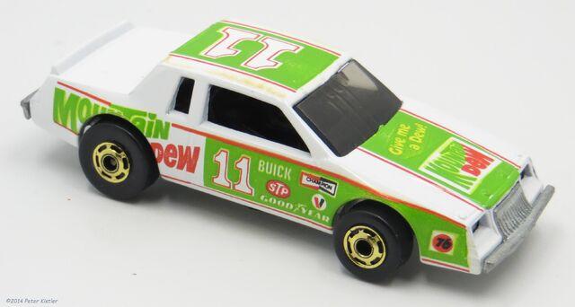 File:NASCAR Stocker-10071.jpg
