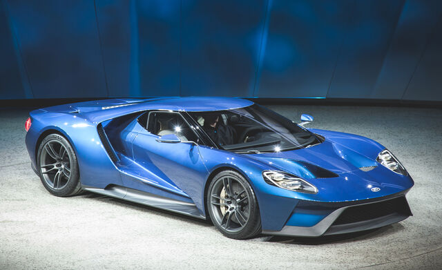 File:2017-ford-gt-official-photos-and-info-news-car-and-driver-photo-654994-s-original.jpg