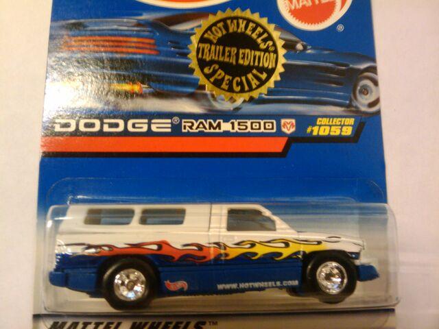 File:Trailer Edition Dodge 1500.jpg