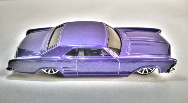 File:Hot Wheels '64 Riviera (2007 Model).jpg