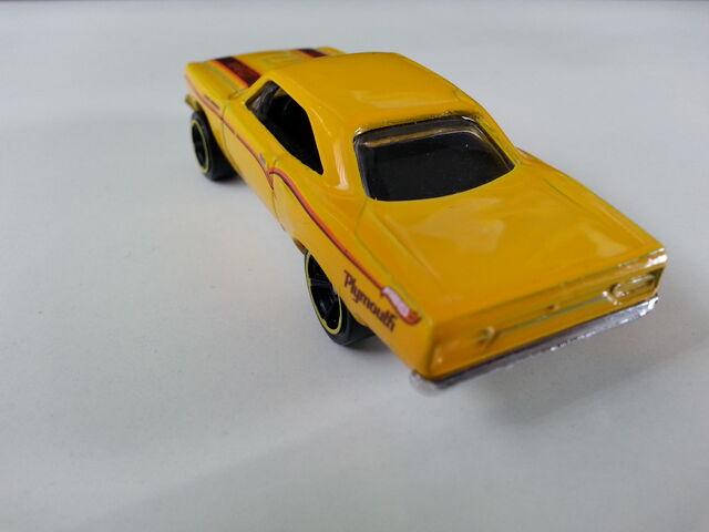 File:'70 Plymouth Roadrunner (1998) rear.jpg