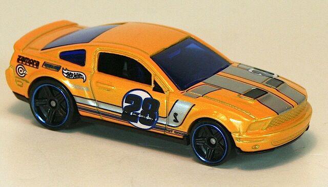 File:2012-ShelbyGT500-Yellow.jpg