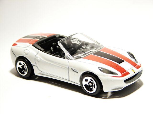 File:Ferrari California 05.JPG