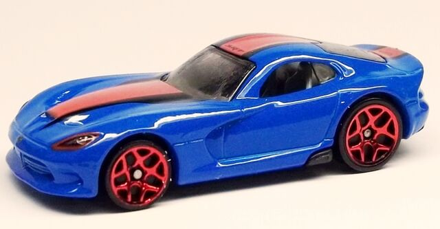 File:HW-2014-203-2013 SRT Viper-Garage.JPG