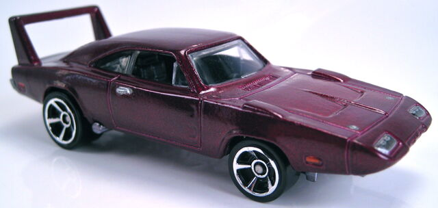 File:69 dodge charger daytona 2013 HW garage new model.JPG