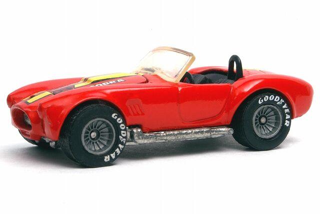 File:Red Classic Cobra - 3091df.jpg