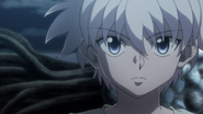 Killua listening to Knuckle