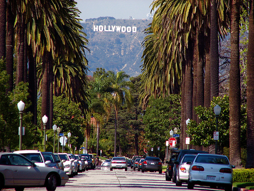 File:Living-los-angeles.jpg