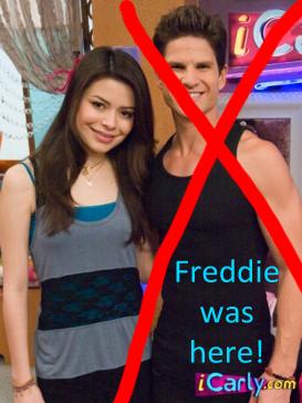File:Freddie hates Cort.jpg