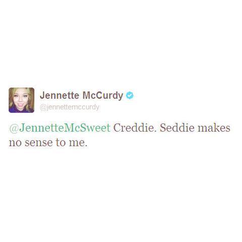 File:Jennettetweet.jpg