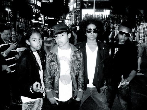 File:Mindless-Behavior-mindless-behavior-17940967-600-450.jpg