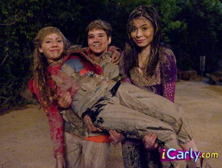 File:Muddy cast.jpg