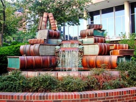 File:Book Fountain.jpg