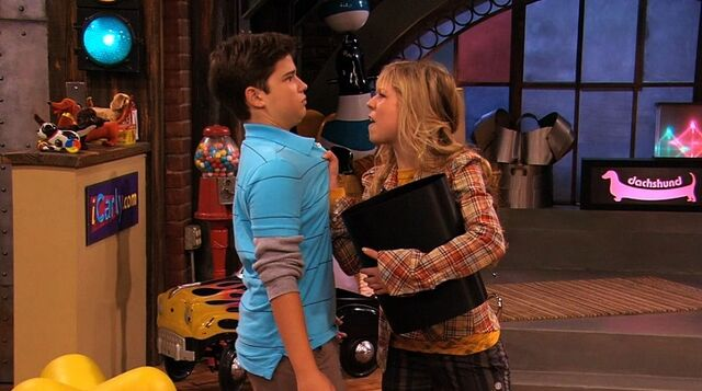File:Seddie in iReunite with Missy.jpg