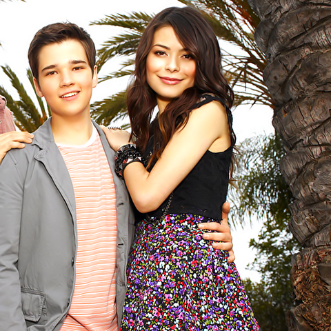 File:ICarly-icarly-21347637-1280-959.png