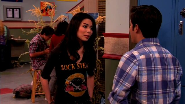File:ICarly.S04E10.iOMG-HD.480p.Web-DL.x264-mSD.mkv 000990728.jpg