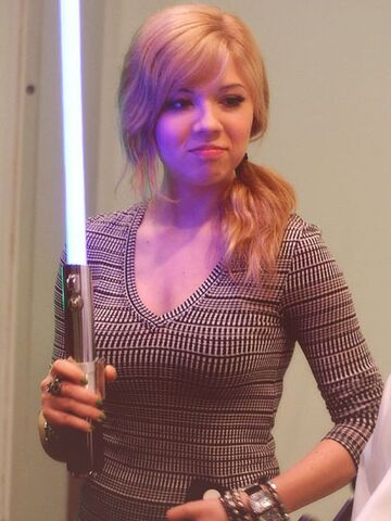 File:Jennette the Jedi.jpg