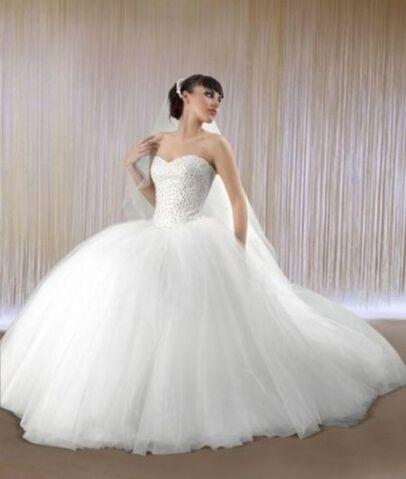 File:Strapless-puffy-wedding-dresses.jpg
