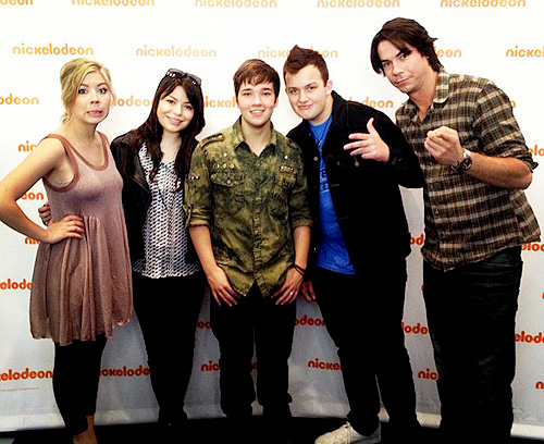 File:Icarly cast 265.jpg