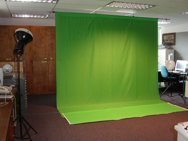 File:Green screen.jpg