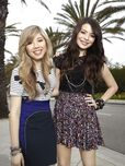 Sam Puckett and Carly Shay 04