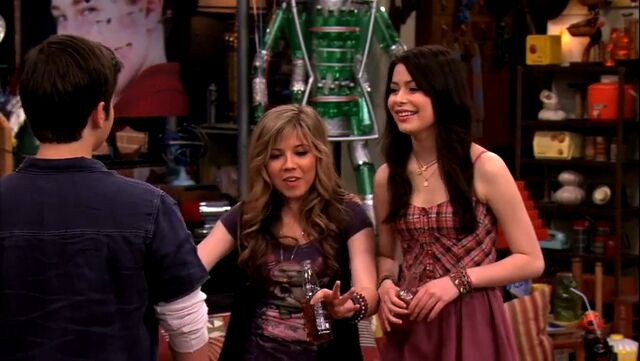 File:ICarly.S04E09.iPity.the.Nevel-HD.480p.WEB-DL.x264-mSD.mkv 000702994.jpg
