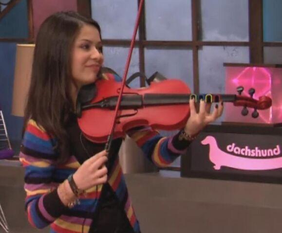 File:Carly's Violin.jpg