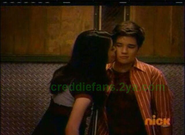 File:Creddie cheek kiss.jpg