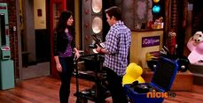 ICarly.S07E07.iGoodbye.480p.HDTV.x264 -Finale Episode-.mp4 002338792-016