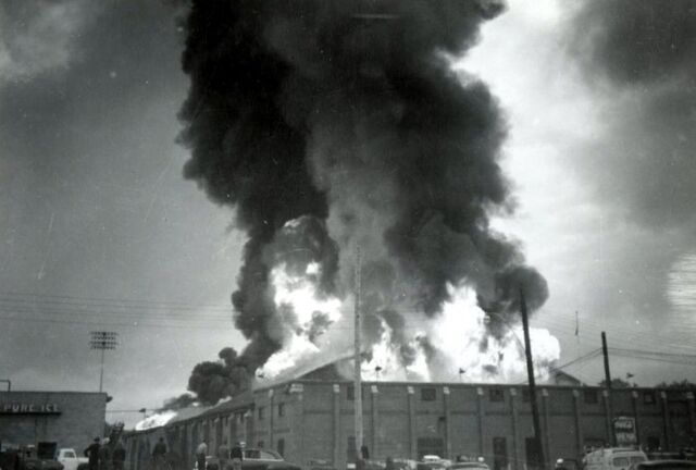 File:Fire Hambly Arena 2.jpg