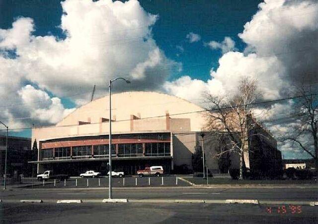File:SpokaneColiseum1a.jpg