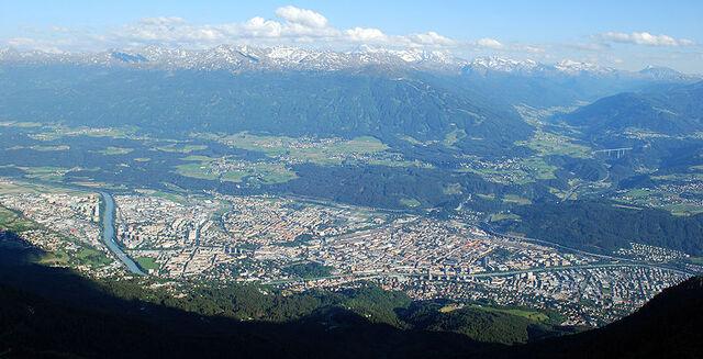File:Innsbruck.jpg