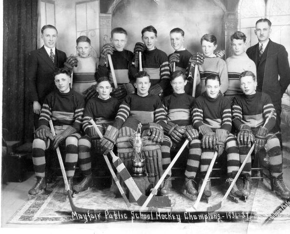 File:Mayfair School Hockey Champions 1936-1937.jpg