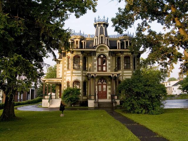 File:Cowansville, Quebec.jpg