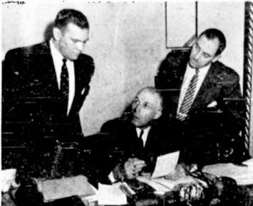 File:1955RichardRiotConference.jpg