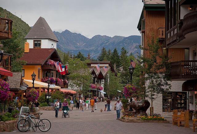 File:Vail, Colorado.jpg